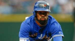 Jose Reyes of the Toronto Blue Jays advances