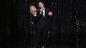 Barbra Streisand and Jimmy Fallon sing a duet