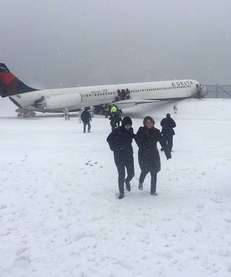 An Instagram photo of passengers departing the Delta
