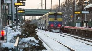 Rush-hour service on the Montauk LIRR branch remained