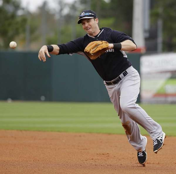 New York Yankees' Stephen Drew throws out Houston