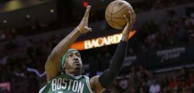 Boston Celtics forward Gerald Wallace goes up for