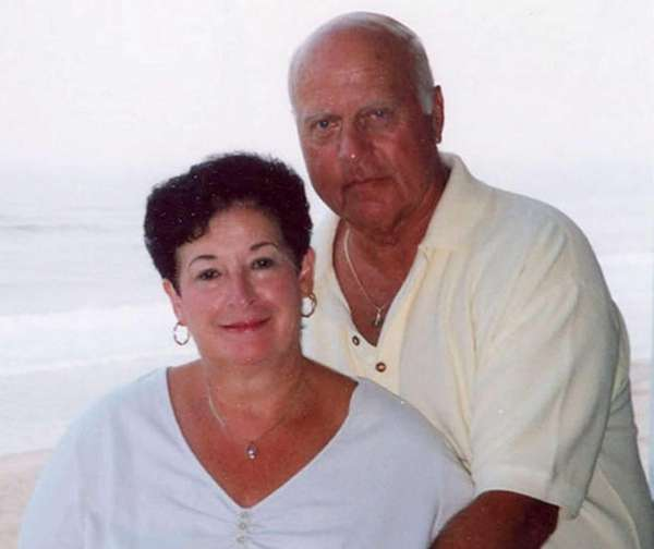 Patricia and Lee Kraus of Lindenhurst celebrated their