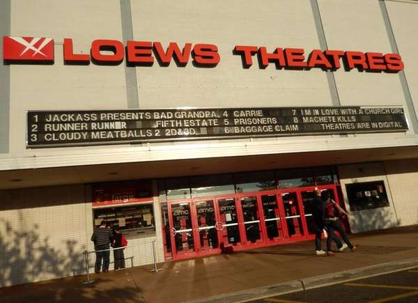 Long Island moviegoers will have one less venue