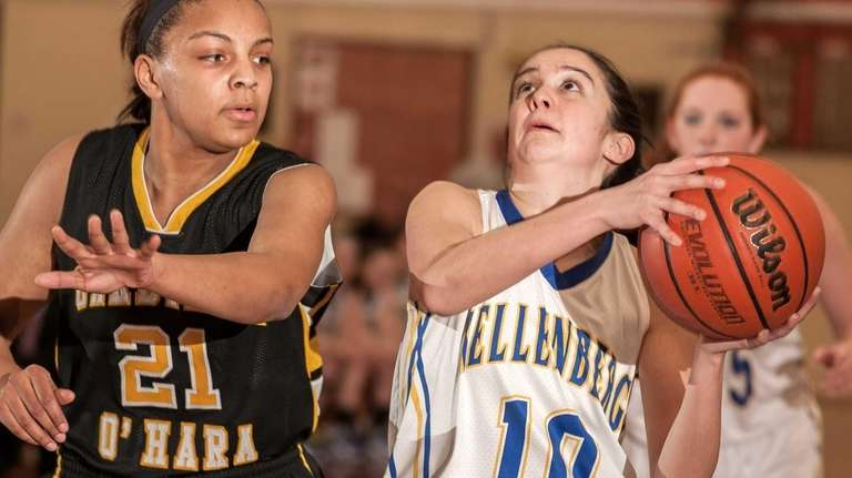 Kellenberg's Katherine Calabro gets ready to shoot over