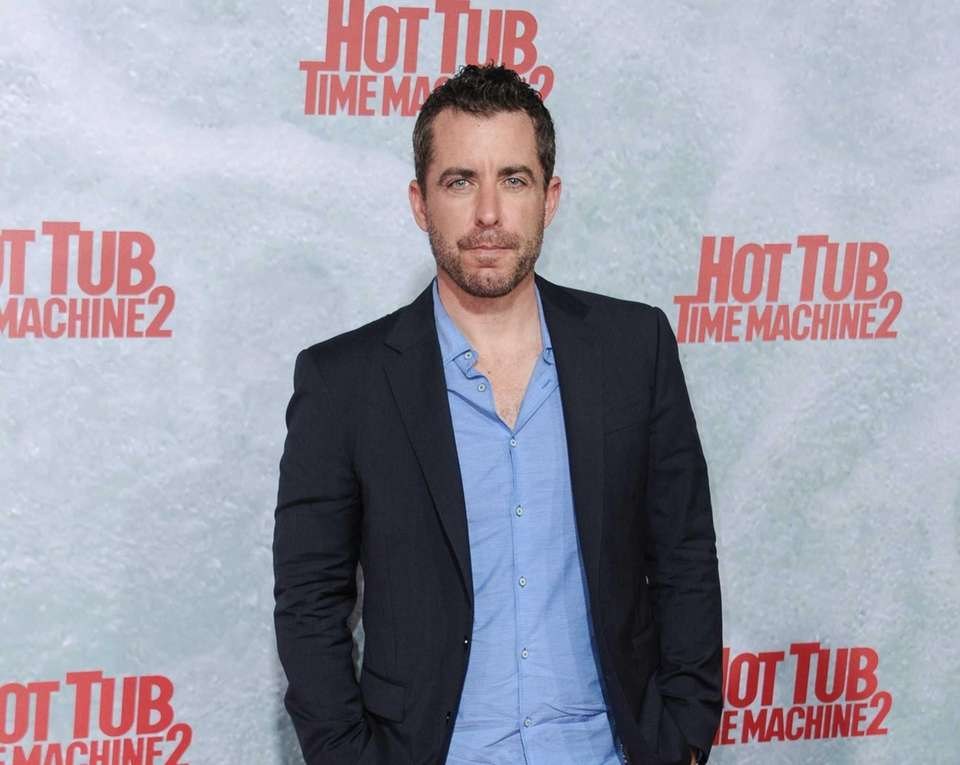 Jason Jones became a regular on the show