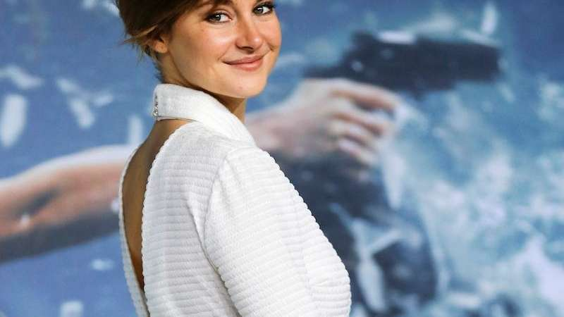 Shailene Woodley S Hair Doesn T Get Short Shrift In Insurgent Newsday