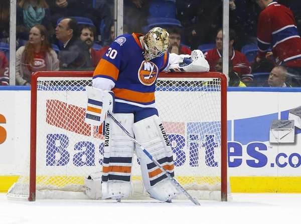 Michal Neuvirth of the New York Islanders looks