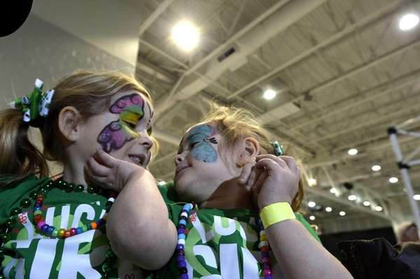 Brianna Hoffman, 5, left and her sister Riley,