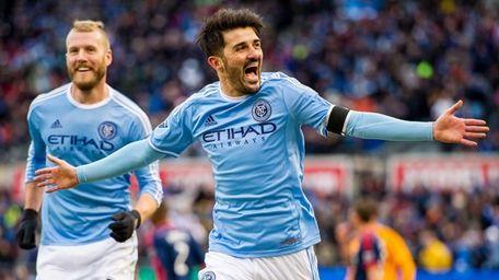 New York City FC forward David Villa (7)
