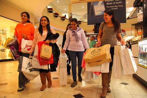 Roosevelt Field attracts 22 million visitors annually, drawing