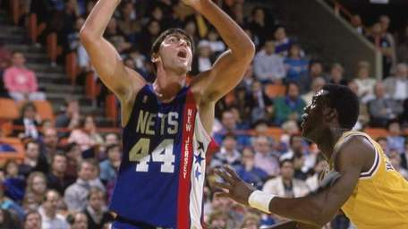 Jack Haley of the New Jersey Nets shoots