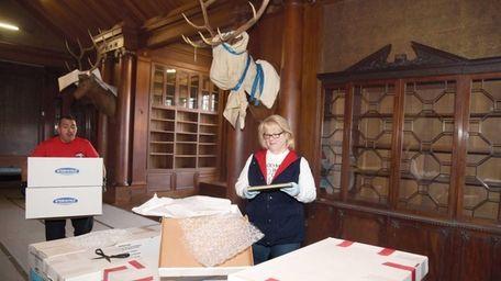 Sue Sarna, curator of Theodore Roosevelt's Sagamore Hill