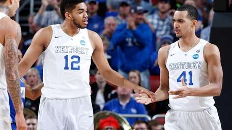 Karl-Anthony Towns and Trey Lyles of the Kentucky