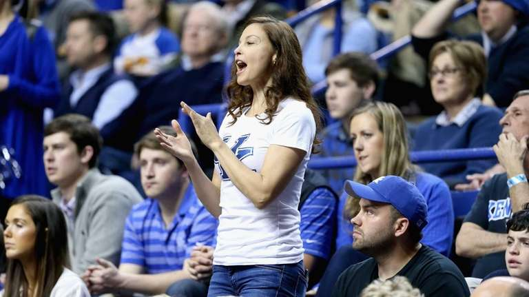 Ashley Judd watches the Kentucky Wildcats' game against