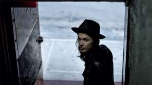 "James Bay's ""Chaos and the Calm"" album."