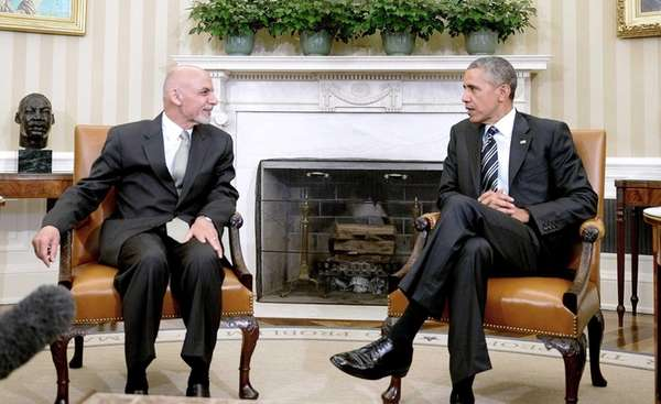 President Barack Obama speaks to Afghan President Ashraf