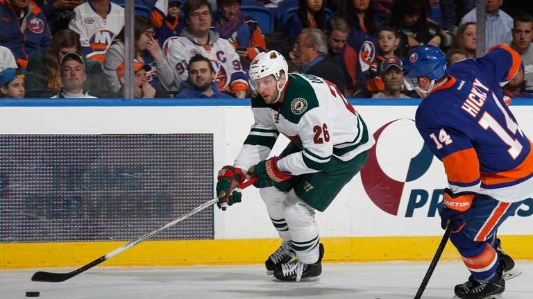 Thomas Vanek #26 of the Minnesota Wild carries