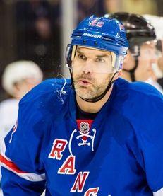 New York Rangers defenseman Dan Boyle (22) looks