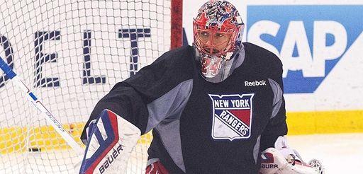 Rangers goalie Henrik Lundqvist practices at the MSG