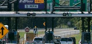 ?Vehicles enter the New York State Thruway in