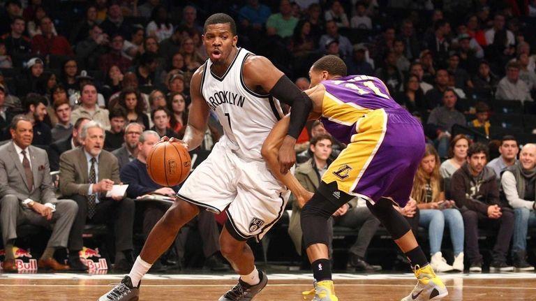 Brooklyn Nets small forward Joe Johnson #7 drives