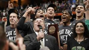 Michigan State coach Tom Izzo celebrates with his