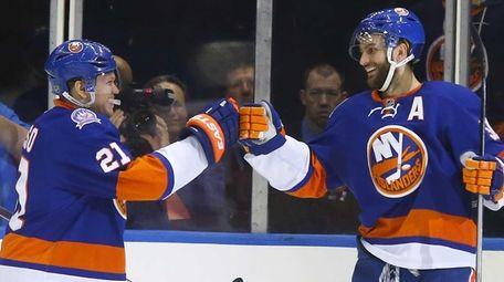 Frans Nielsen of the New York Islanders celebrates
