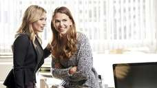 Kelsey (Hilary Duff) gives Liza (Sutton Foster) a