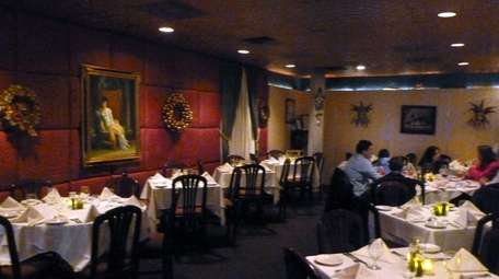 La Spada in Huntington Station has closed.
