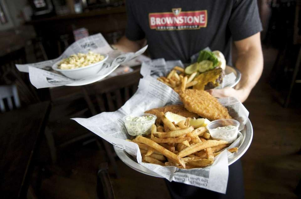 Brownstone Brewing Company, Ronkonkoma: At this eatery, the