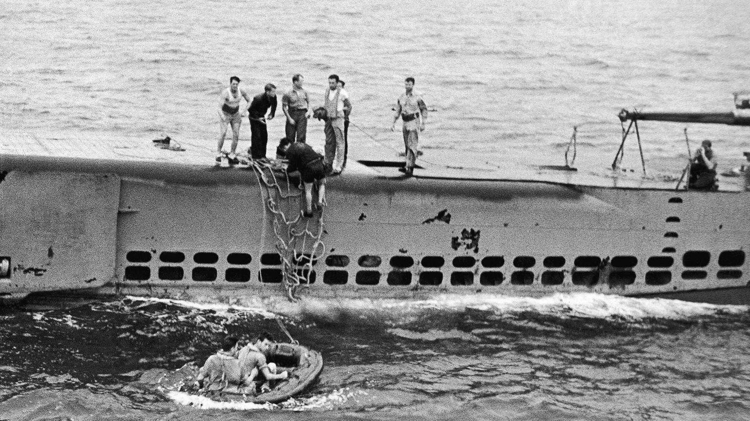 Submarine chase