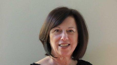 Sandra Asip has joined the Coach Realtors office