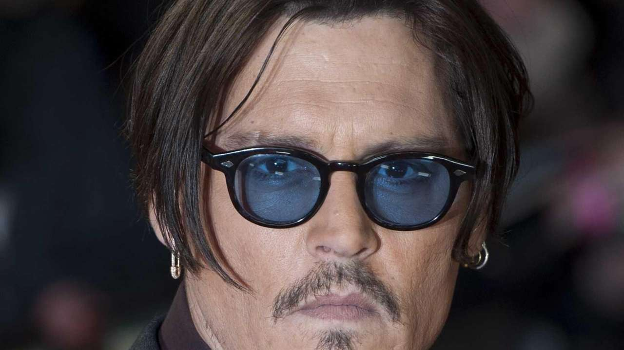 Johnny Depp's hand injury has delayed production of