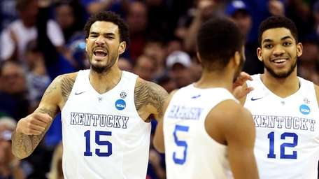 Willie Cauley-Stein #15 of the Kentucky Wildcats reacts