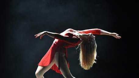 Jessica Lee Goldyn as Cassie dances for her