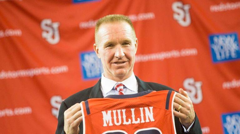 NBA Hall of Famer and alumni Chris Mullin