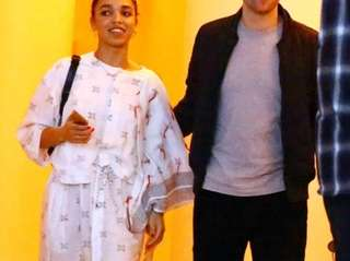 Robert Pattinson and FKA Twigs are reportedly engaged.