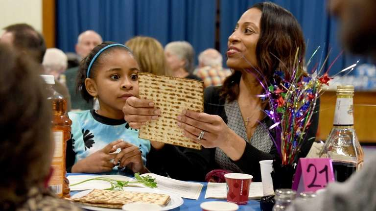 Six-year-old Rianna Stevenson and her mother Jovi Stevenson