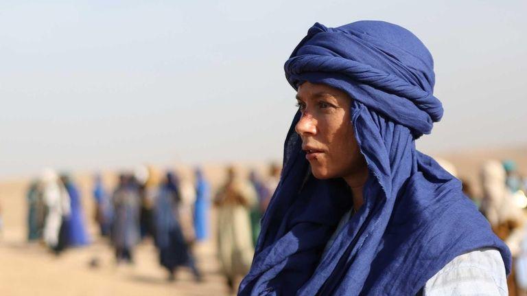 Anna Friel portrays Odelle Ballard in a scene