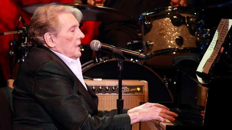 Jerry Lee Lewis performs in concert at Harrah's