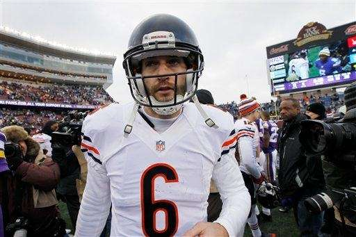 Chicago Bears quarterback Jay Cutler walks off the