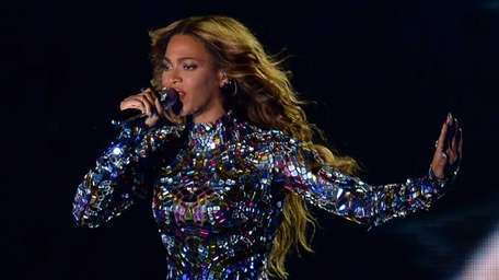 Beyonce performs on stage at the MTV Video