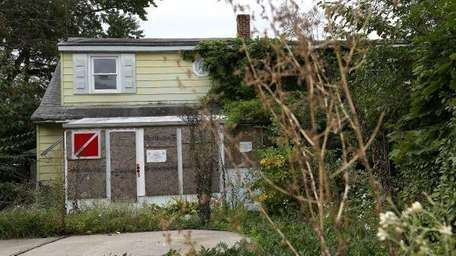 An abandoned house in Levittown last October