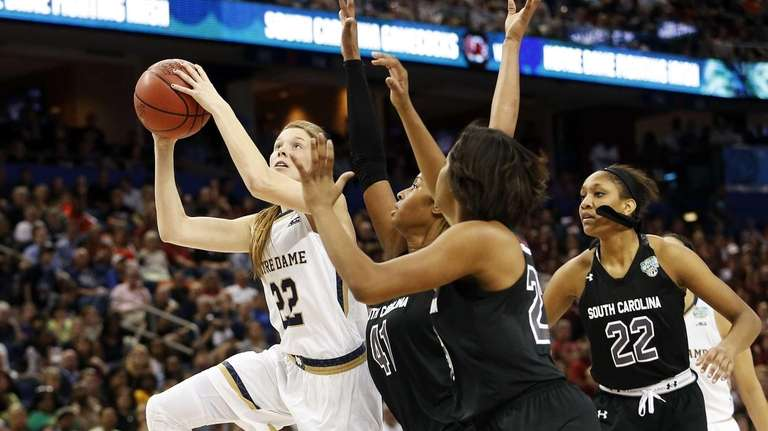 Madison Cable of the Notre Dame Fighting Irish