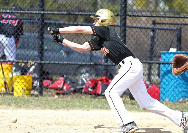 Hicksville's Greg Power lays down a perfect bunt