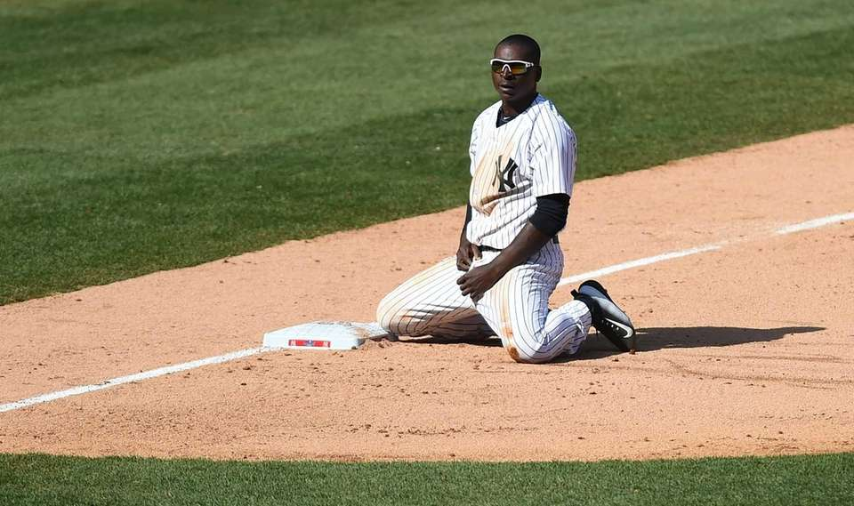 The New York Yankees Didi Gregorius reacts on