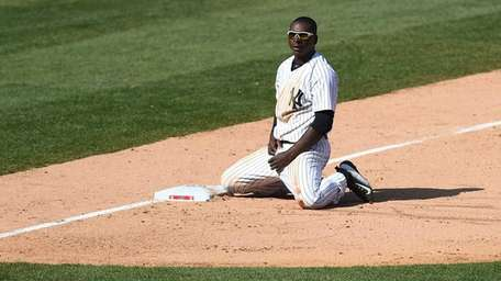 The New York Yankees Didi Gregorius reacts on