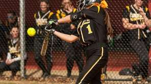 Commack's Gianna Venuti gets an RBI hit in