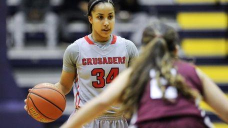 What makes Lauren Brozoski a good basketball player?